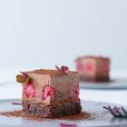 Chokolademousse kage med praliné og brownie - nytårskage