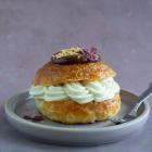 Wienerdejs fastelavnsboller med remonce, hindbærmarmelade og konditorcreme