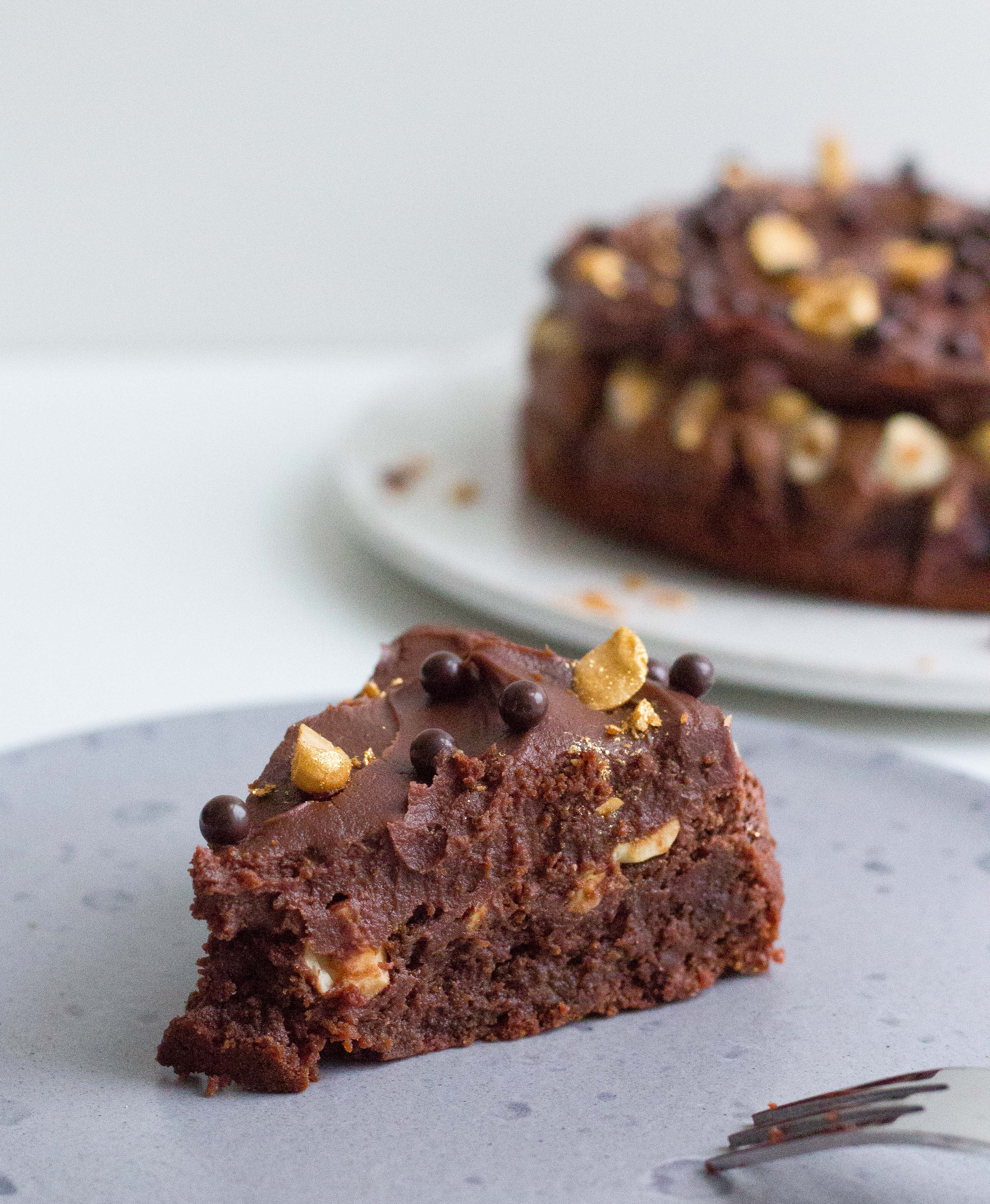 brownie med hasselnødder
